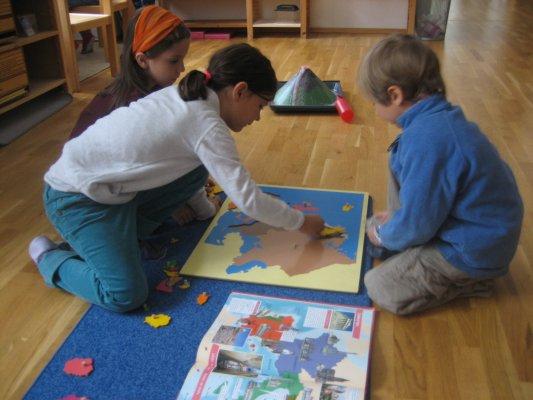 """Das Europa-Puzzle - Eine der Arbeiten zum Thema """"Politische Geografie"""""""