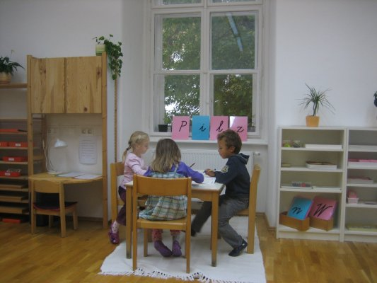 Schreiben lernen - das erste lautgetreue Schreiben einsilbiger Wörter